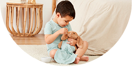 Sleep tools. How pretend play can help establish your toddler's bedtime routine